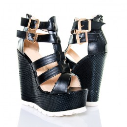 Sandały Czarne Na Wężowych Koturnach