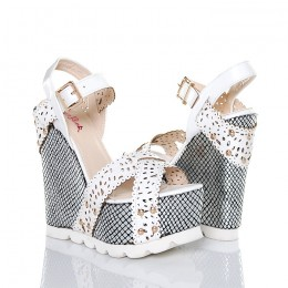 Sandały Białe Ażurowe Paki Koturny